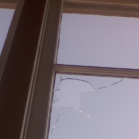Broken Glass Repair in London